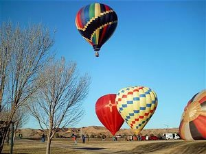 st_patricks_day_hot_air_balloon_rallye